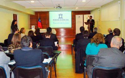 Magistrados de Rancagua asisten a charla sobre minería y derecho de agua en Corte de Apelaciones