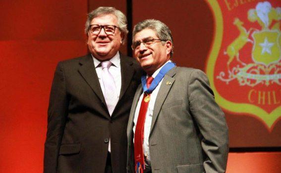 Municipio entrega la medalla Santa Cruz de Triana al Rotary Club Rancagua en sus 90 años
