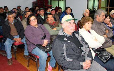 Regantes de la comuna Pichidegua conocen detalles de la reforma al código de aguas