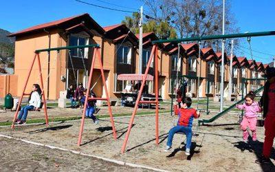 Vecinos de Machalí reciben viviendas enmarcadas en política de integración del Minvu