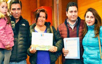 62 familias de Pichilemu reciben subsidios para sus futuras viviendas