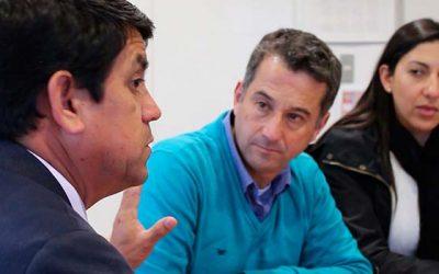 Alcalde de Santa Cruz recibe a su par de Requínoa como referente por Cecosf de Paniahue