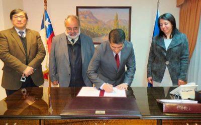 Corte de Apelaciones de Rancagua y Sernageomin firman convenio para tramitación digital de causas mineras