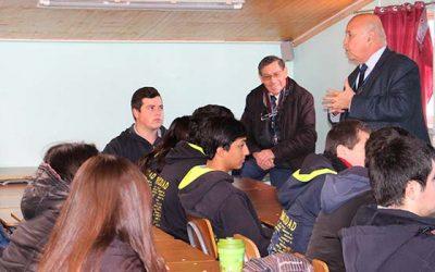 Grupo Alerce de CChC realiza charla motivacional a alumnos del liceo Ernesto Pinto Lagarrigue de Rancagua