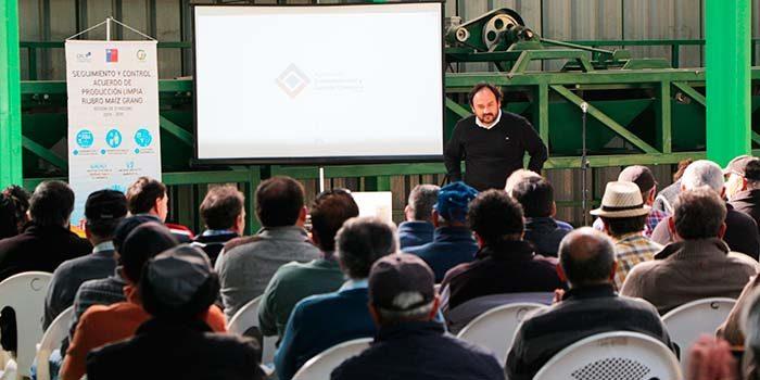 Pequeños productores de maíz de OHiggins avanzan hacia la certificación en producción limpia