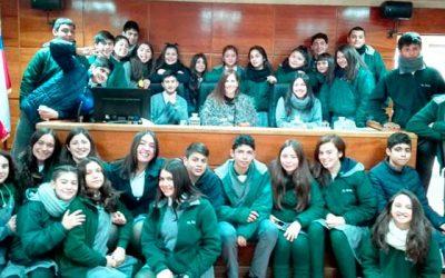 TOP de San Fernando realiza visita guiada a estudiantes de colegio El Real