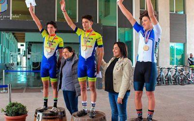 Masiva participación en vuelta ciclística de fiestas patria Palmilla 2017