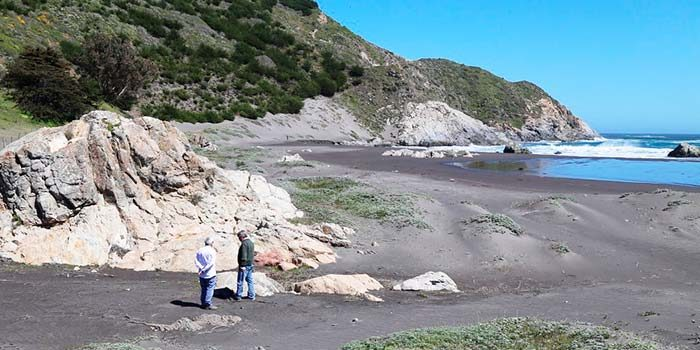 Analizan reapertura del acceso primitivo a la playa Topocalma