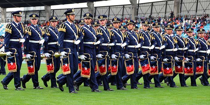 Con gran marco de público se llevó a cabo desfile cívico militar 2017 que conmemora Batalla de Rancagua