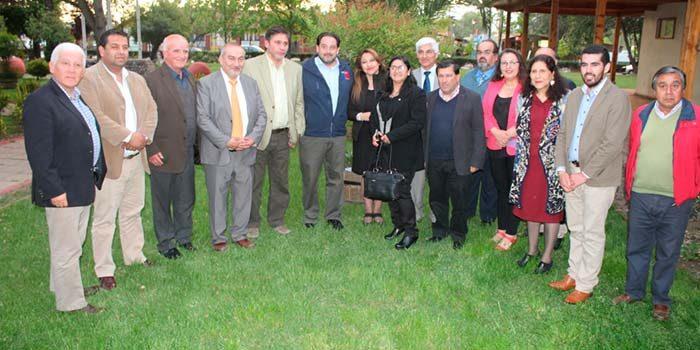 Ministro de energía inaugura luminarias públicas y aborda equidad tarifaria con alcaldes y concejales de la Sexta Región