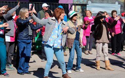 salud-machali-efectua-caminata-los-anos-no-corren-junto-a-sus-adultos-mayores