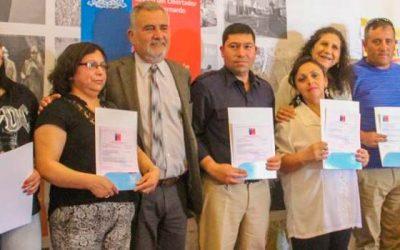 Alcaldesa de Palmilla entrega 79 subsidios de mejoramiento de viviendas