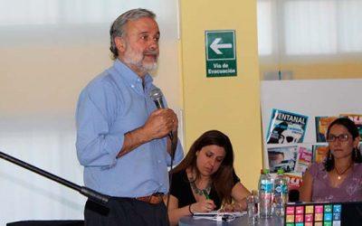 Benito baranda realiza charla motivacional en el liceo Diego Portales