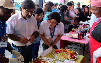 Cesfam rengo realiza cuarto encuentro gastronómico