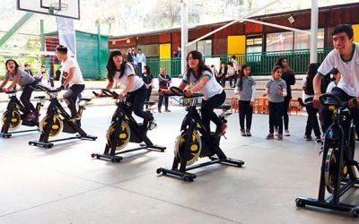 Colegio Virgina Bravo de Chancón disfruta de la actividad física y la vida