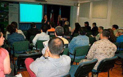 Conaf capacita en el Sistema de Comando de Incidentes a miembros del COE en Rancagua