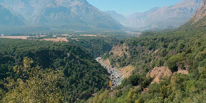 Conaf llama a guías y operadores a inscribirse en el registro nacional de prestadores de servicios ecoturísticos