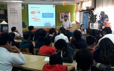 Injuv realiza charla de oferta programática a alumnos del colegio simón bolívar de Rancagua