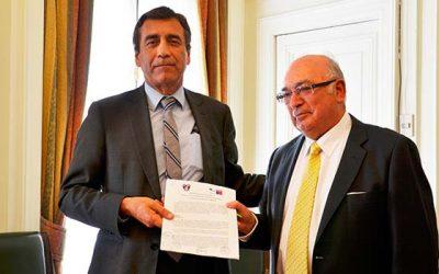 La Conaf y Bomberos firman protocolo para robustecer y coordinar acciones conjuntas frente a los incendios forestales