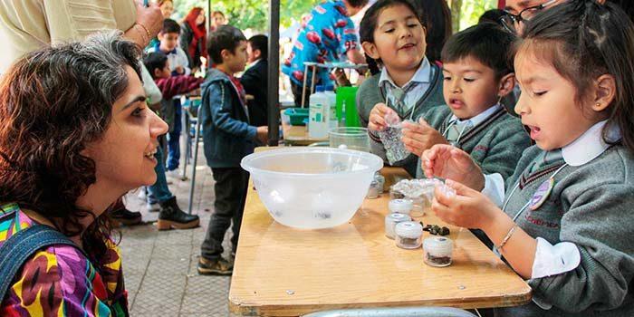 Niños de educación parvularia sorprenden con proyectos científicos en Feria Científica