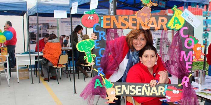 Salud Machalí realizó primera versión de la Feria Social Cecosf Santa Teresa