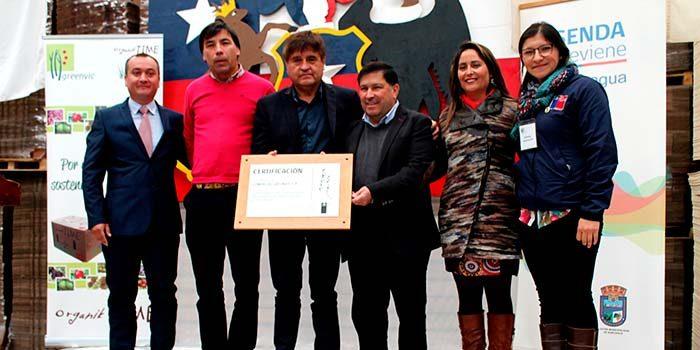 Senda entrega reconocimiento a empresa Agrícola Greenvic de Nancagua