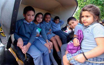 Visitas patrimoniales comenzaron con alumnos de escuela de la Isla de Rengo