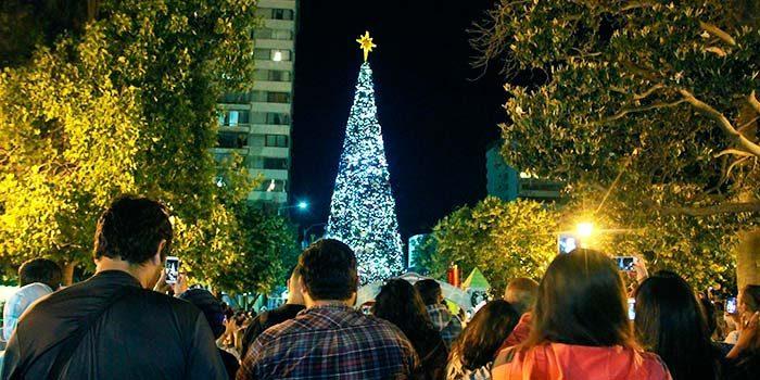 Con tradicional Concierto y encendido del Árbol se dio la bienvenida a la Navidad en Rancagua