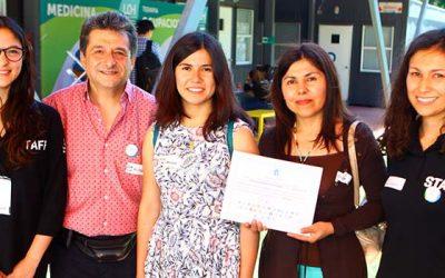 Estudiante de San Fernando que logró doble puntaje nacional en PSU recorre Feria del Postulante UOH