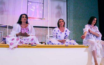 Mujeres de OHiggins gran éxito en su presentación en auditorio del Hospital Regional