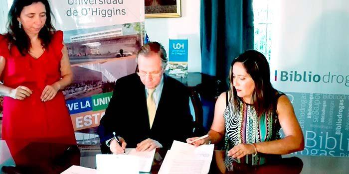 Senda y UOH firman convenio para instalar bibliodrogas en la casa de estudios
