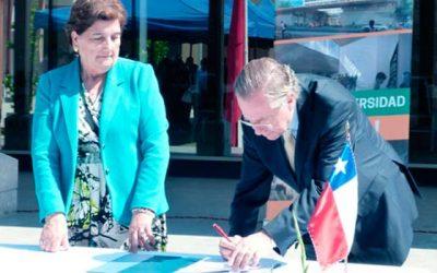 UOH y municipio de Olivar firman convenio orientado a la cobertura de campos clínicos