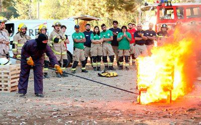 Bomberos de la región recibe implementos de apoyo ante emergencias
