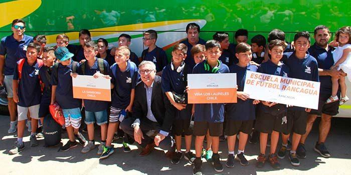 Escuelas municipales de fútbol defienden la camiseta rancagüina en tierras argentinas