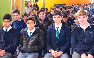 Liceos Luis Urbina Flores e industrial de Rengo se incorporan al programa PACE