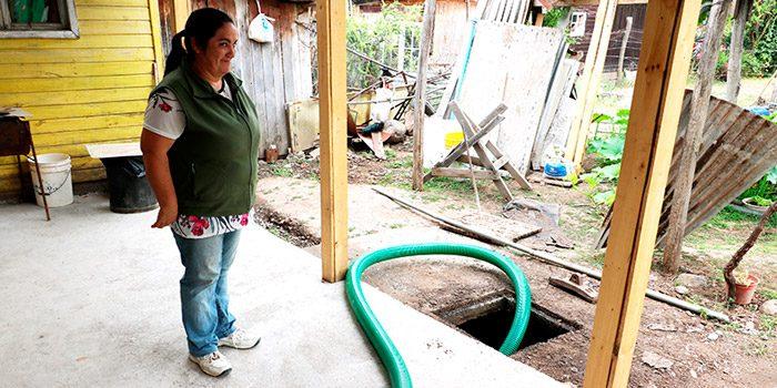 Más de 400 familias de sectores rurales de Colchagua son beneficiadas con programa de limpieza de fosas sépticas domiciliarias