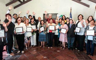 Mujeres emprendedoras de Graneros reciben capital semilla para potenciar sus negocios