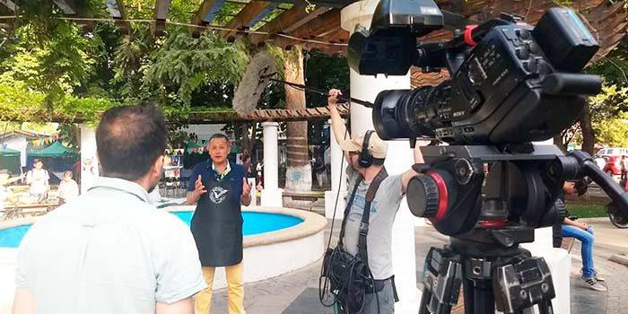 Programa Frutos del país de TVN graba capitulo en Mostazal
