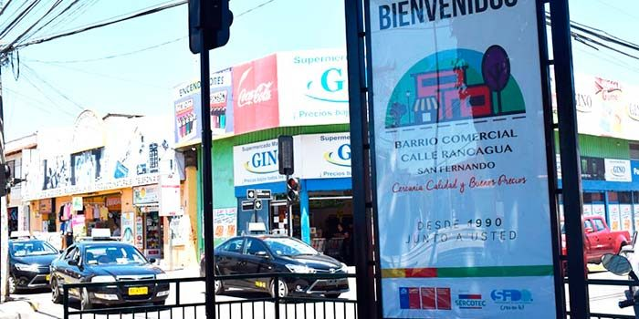 Con venta especial el barrio comercial calle Rancagua de San Fernando celebra el día de los enamorados