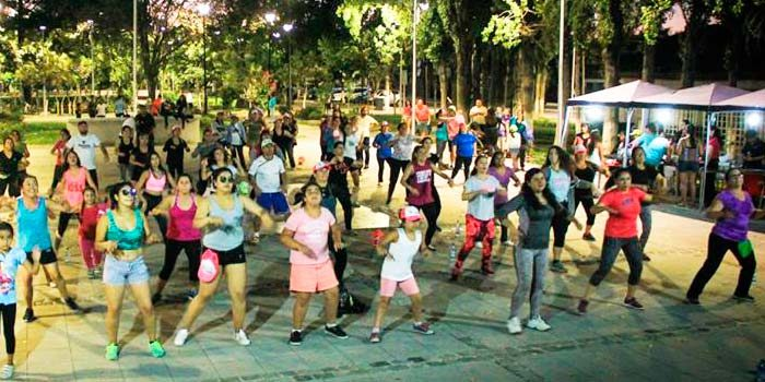 En Palmilla se realiza masivo encuentro de baile entretenido