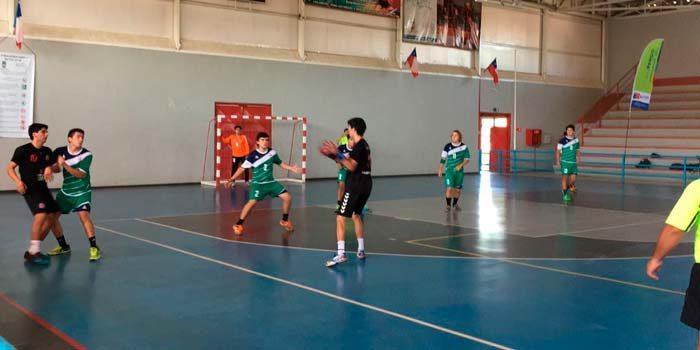 Handball, chilenos y argentinos disputan torneo