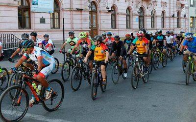 Cicletada recorre San Fernando pidiendo respeto entre ciclistas, automovilistas y peatones