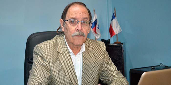 Leonardo Fuentes asume como nuevo seremi de Educación de OHiggins