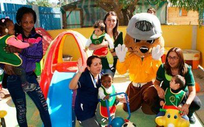 Niños de Integra reciben visita de Forestín