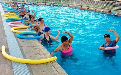 Rancaguinos despiden el programa de hidrogimnasia municipal