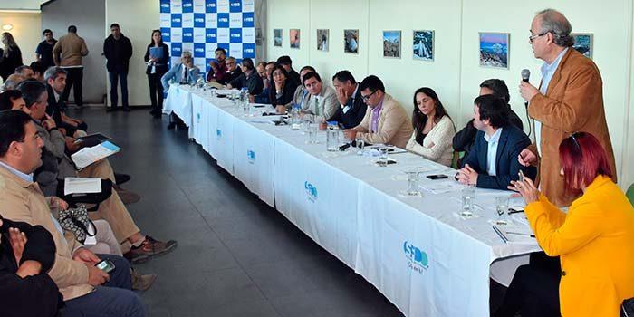 Alcalde de San Fernando destaca aprobación del proyecto para mejorar pista atlética del estadio municipal