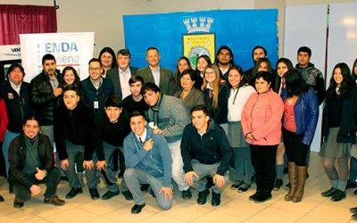 Alumnos, el Senda Mostazal y autoridades, dan el vamos a nuevo año escolar
