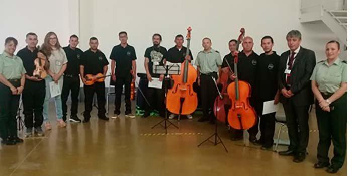 Gendarmería apuesta por ampliar experiencia de orquesta penitenciaria