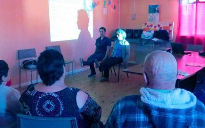 Hospital de Pichilemu capacita a adultos mayores para prevenir caídas