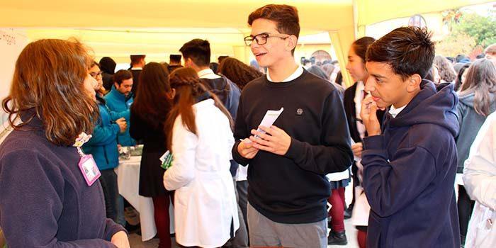 Hospital Santa Cruz participa en Día de la Convivencia Escolar